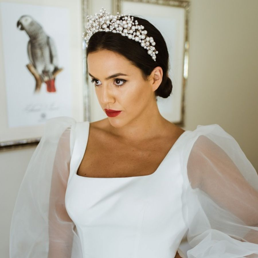 Beautiful Wedding Accessories for the Stylish Modern Bride