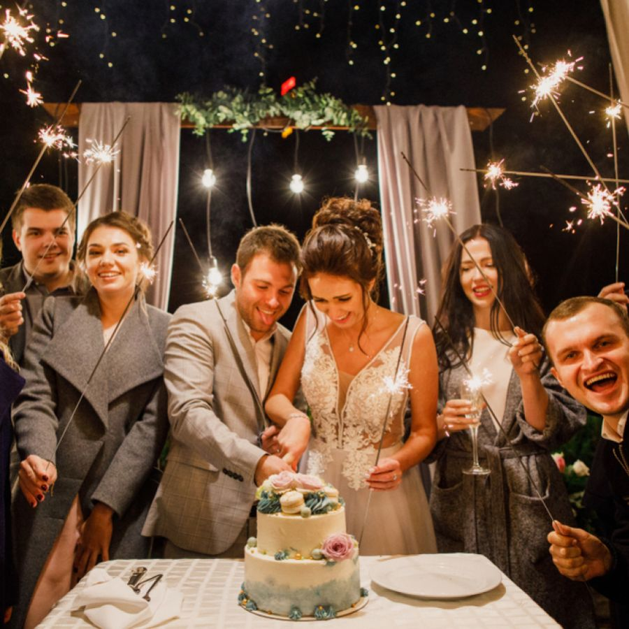 How To Stay Warm At Your Outdoor Wedding