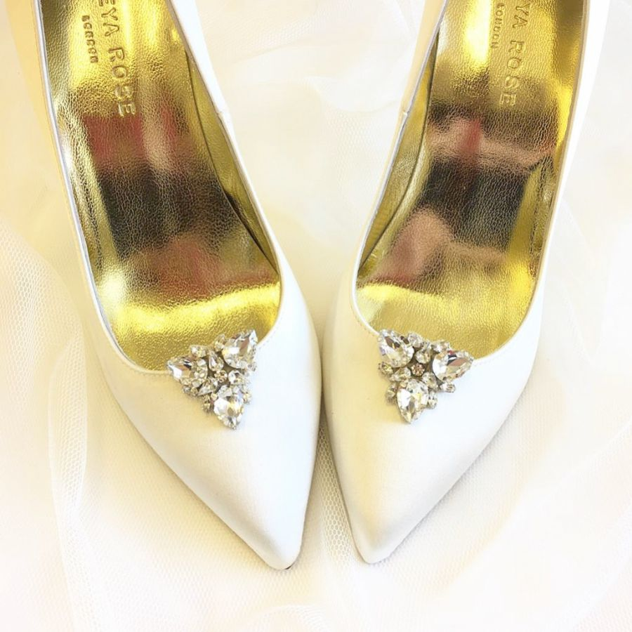 Top Styling Tips for Bridal Shoe Clips