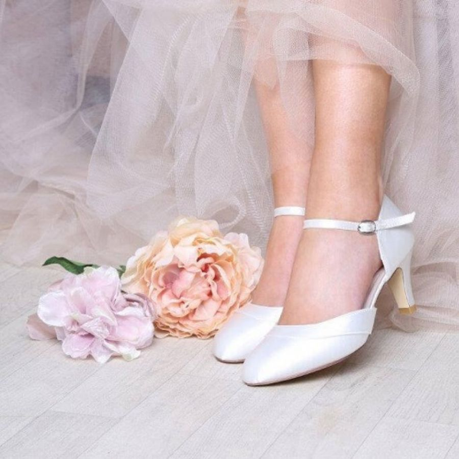 Wide fit wedding shoes you'll love