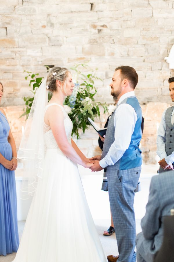 Real Bride Hollie Image 5