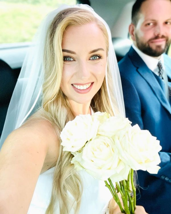 Photo of Bianco Ivory Single Tier Satin Edge Fingertip Veil S196 uploaded by S on 10th August 2021