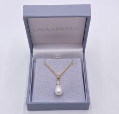 Dolci Gold Teardrop Pearl Pendant Necklace