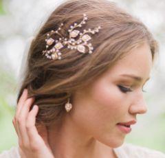 Hermione Harbutt Celeste Gold Leaf Earrings