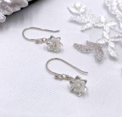 Hermione Harbutt Violette Silver Mother of Pearl Flower Earrings