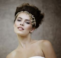 Leilani Crystal Blossoms and Freshwater Pearl Bridal Hair Vine