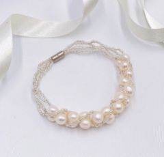 Viniana Twisted Bead and Freshwater Pearl Bracelet