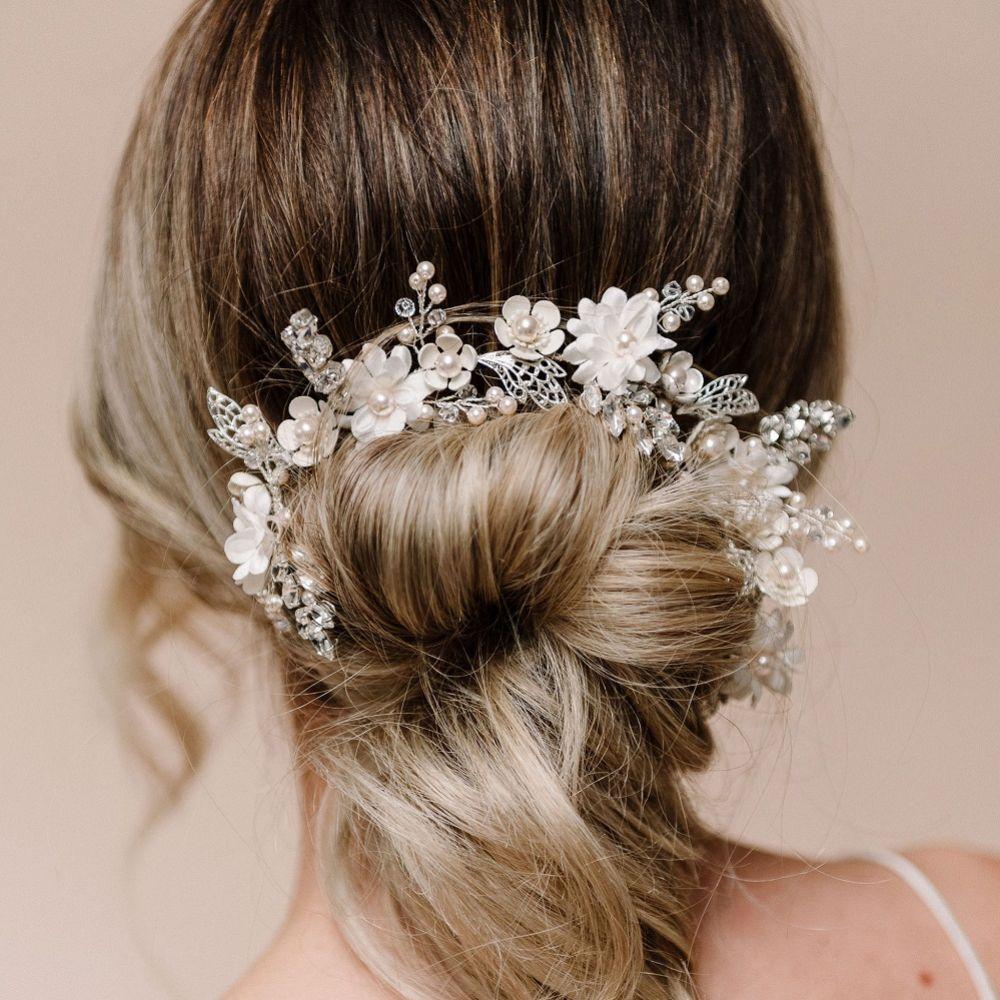 Arianna Dreamer Flowers and Filigree Leaves Hair Vine AR616