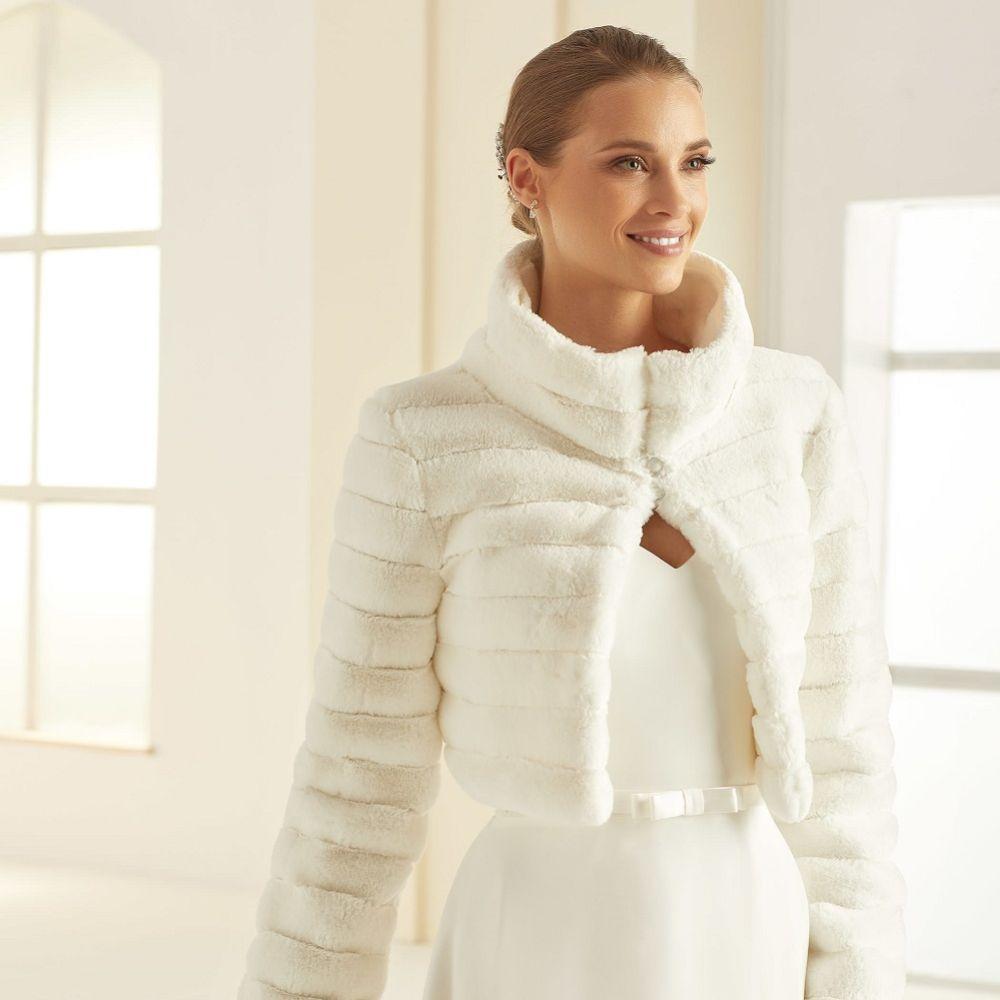 Bianco Ivory Faux Fur Long Sleeve Wedding Jacket E305