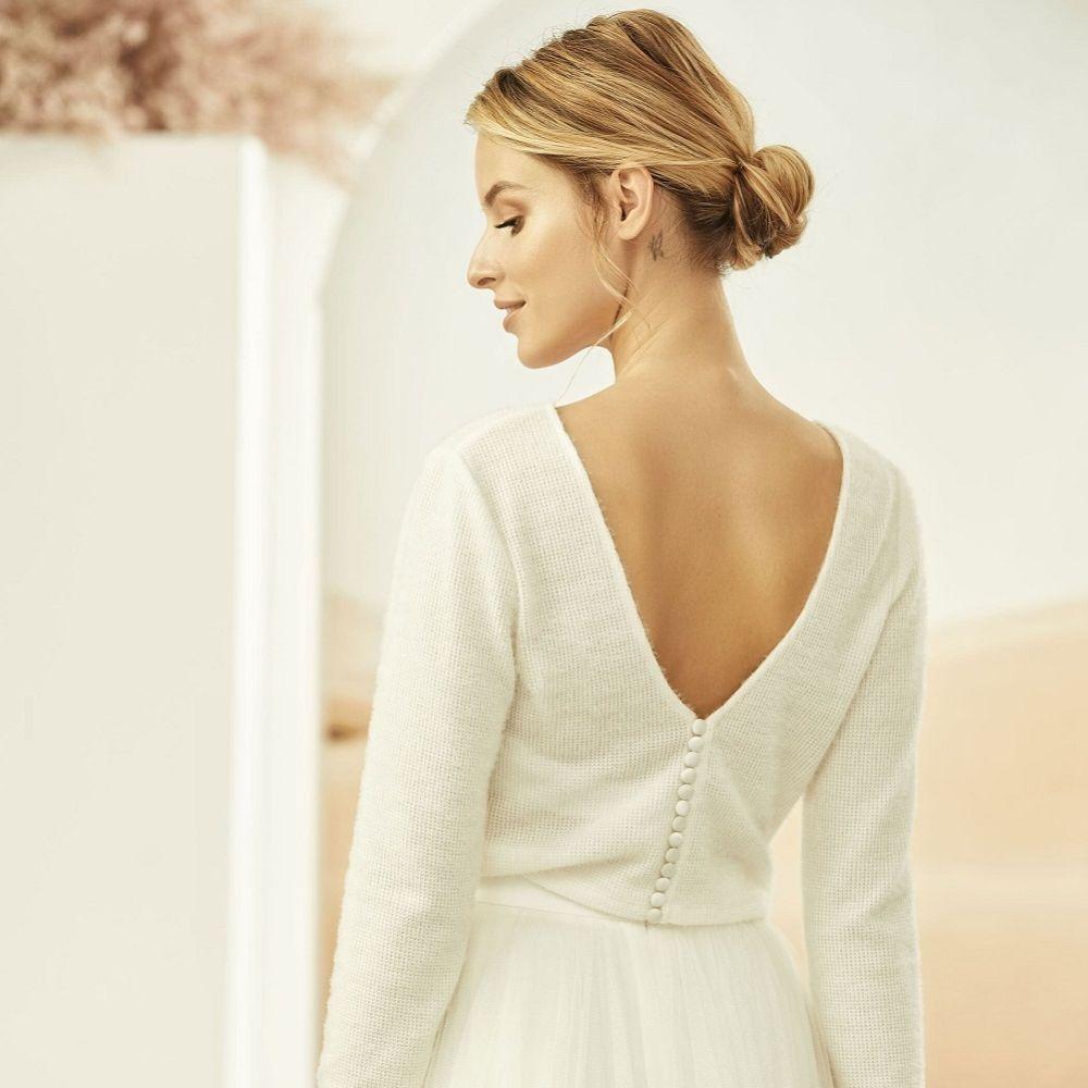 Bianco Ivory Knitted V Back Long Sleeve Bridal Jumper E326
