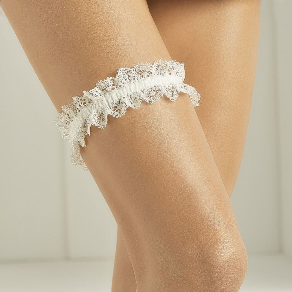 Bianco Simple Ivory Lace Garter with Ivory Band