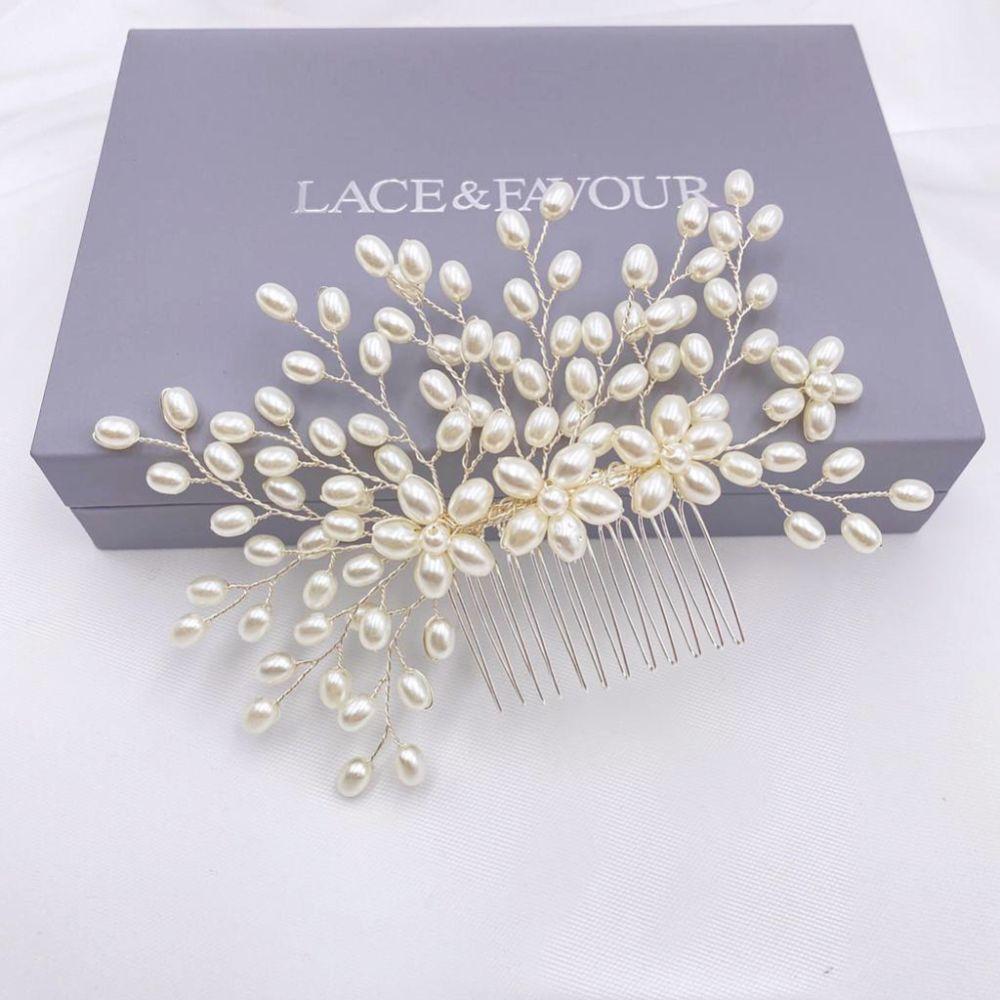 Cascade Pearl Spray Wedding Hair Comb