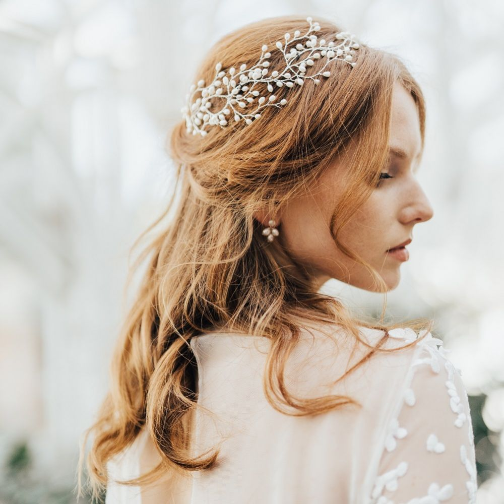 Hermione Harbutt Lily Freshwater Pearl Garland Headpiece