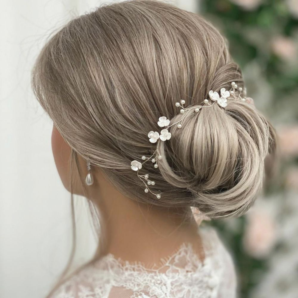 Letisha Ivory Flowers and Pearl Sprigs Wedding Hair Vine (Silver)