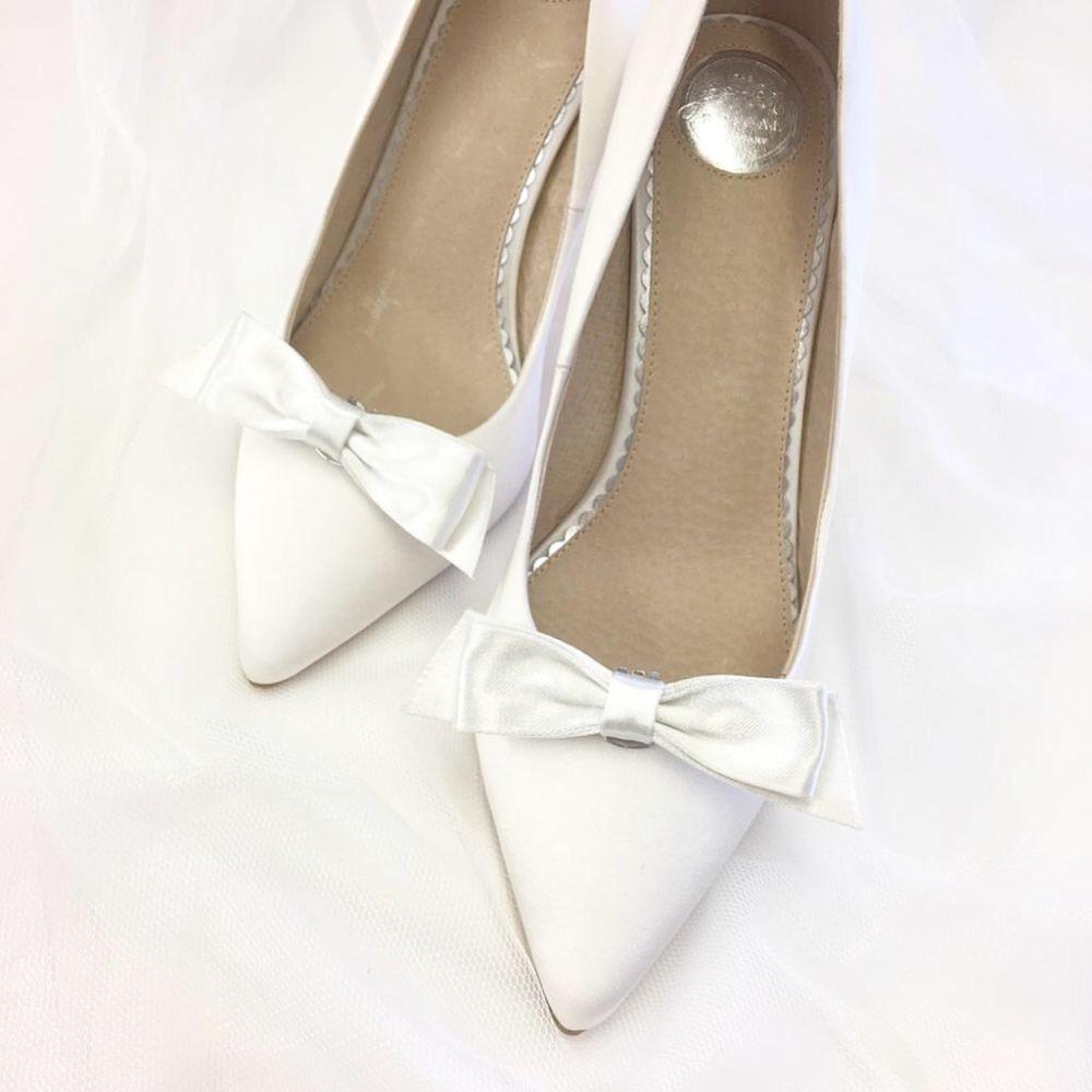 Perfect Bridal Rowan Dyeable Ivory Satin Bow Shoe Clips
