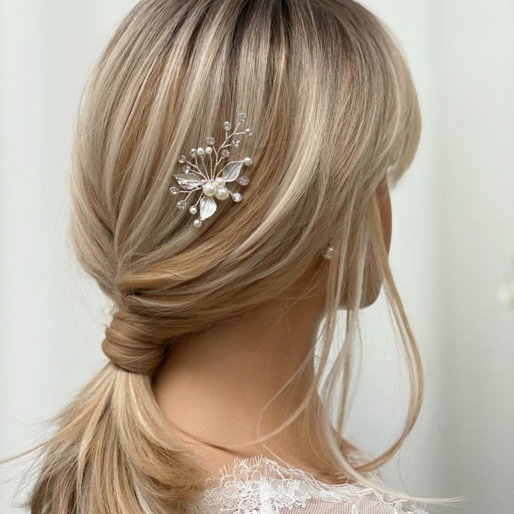 Romance Pearl and Crystal Silver Leaves Hair Pin