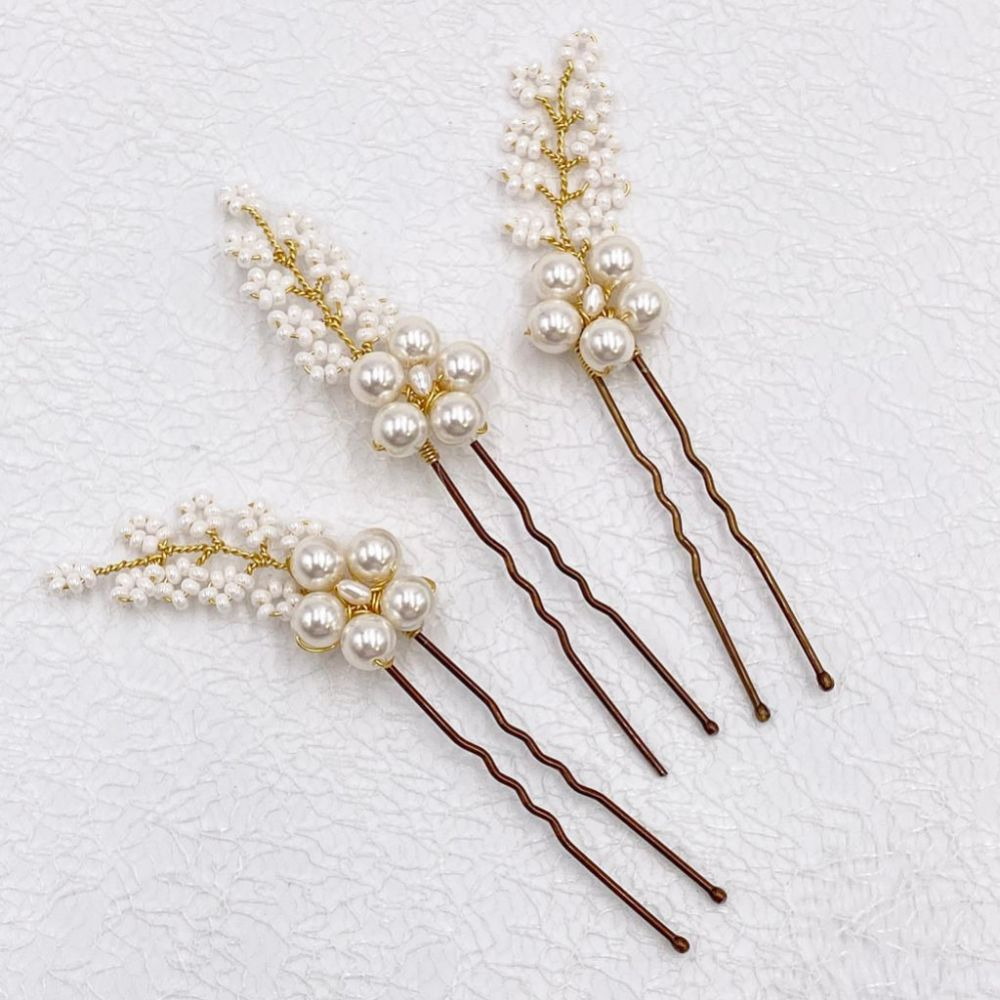Taya Set of 3 Pearl Blossom and Beaded Sprigs Hair Pins (Gold)