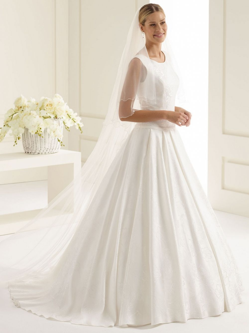 Bianco Ivory Plain Two Tier Chapel Veil with Corded Edge S212