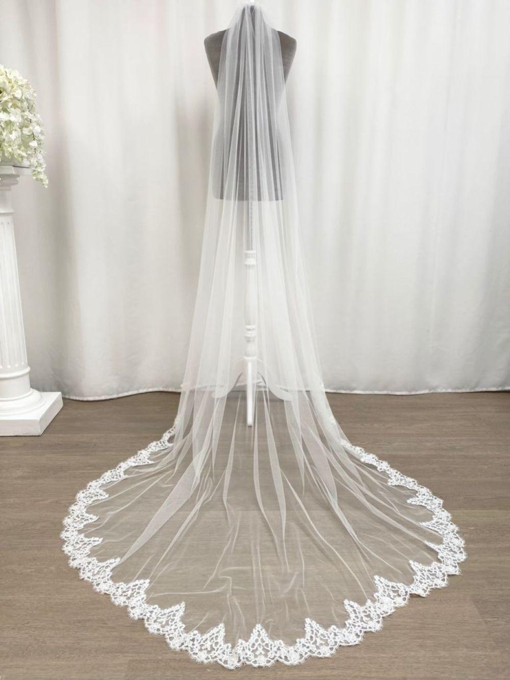 Joyce Jackson Parma Single Tier Corded Lace Edge Chapel Veil