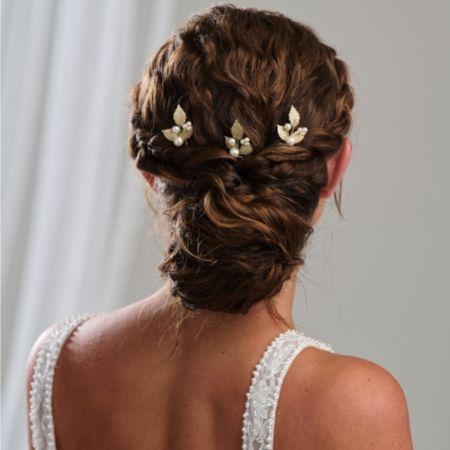 Arianna Aurelia Set of 3 Pearl and Leaves Hair Pins ARP635