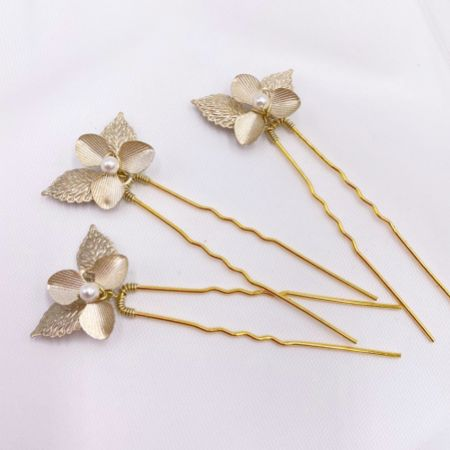 Arianna Iris Set of 3 Flowers and Leaves Hair Pins ARP633