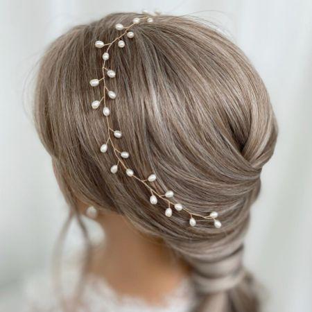 Aruba Long Delicate Pearl Wedding Hair Vine (Gold)