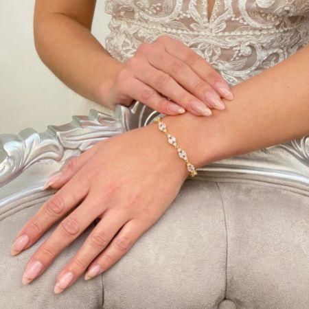 Berkeley Delicate Cubic Zirconia Wedding Bracelet (Gold)