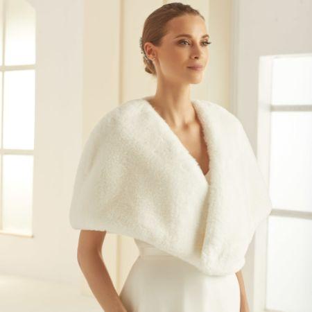 Bianco Ivory Faux Fur Bridal Cape E306