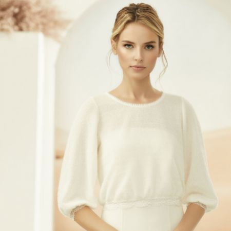 Bianco Ivory Knitted Bridal Jumper with Lace Detail E334