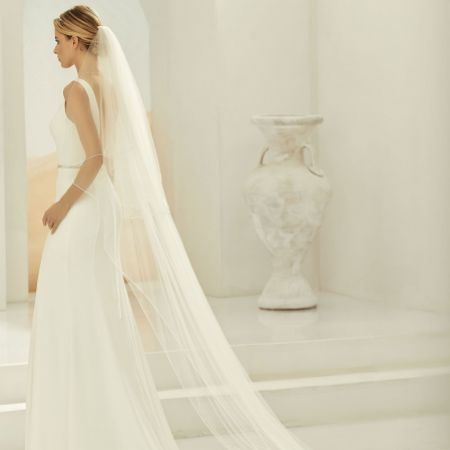Bianco Ivory Two Tier Beaded Edge Cathedral Veil S397