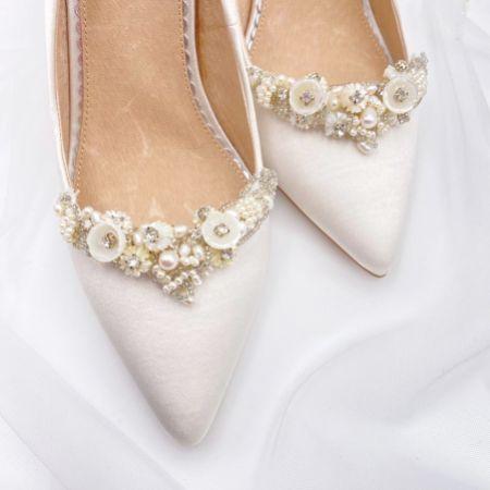 Freya Rose Gardenia Floral Embellished Shoe Clips