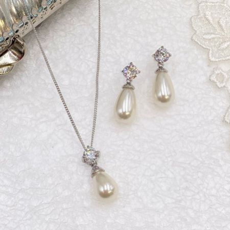 Ivory and Co Imperial Pearl Bridal Jewellery Set