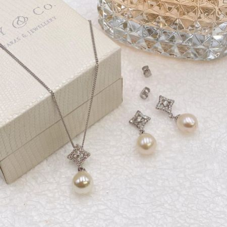 Ivory and Co Morocco Pearl Bridal Jewellery Set