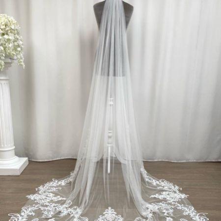 Joyce Jackson Florence Long Ornate Single Tier Veil with Lace Motifs