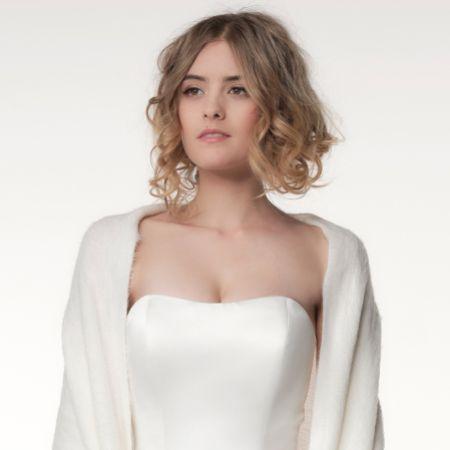 Katya Ivory Knitted Wedding Shawl with Fringe