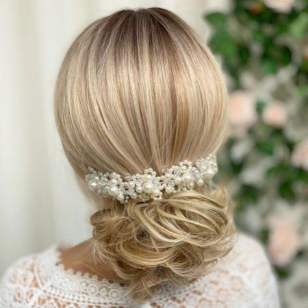 Laura Statement Pearl Bridal Headpiece
