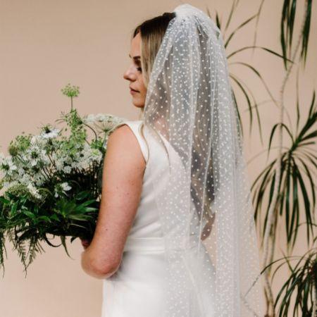 Linzi Jay Polka Dot Tulle Single Tier Bridal Veil LA603