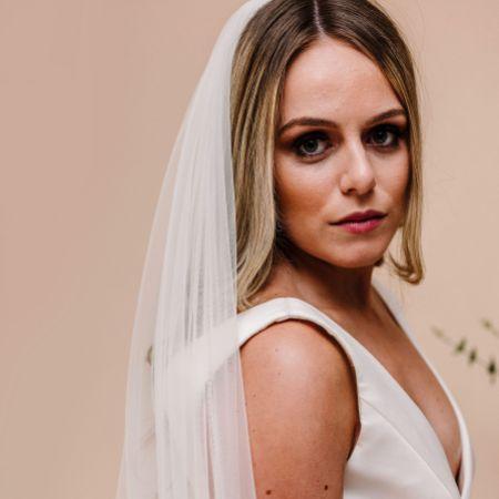 Linzi Jay Single Tier Tulle Bridal Veil LA700
