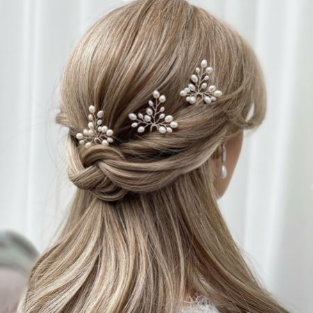 Oriana Freshwater Pearl Wedding Hair Pin (Silver)
