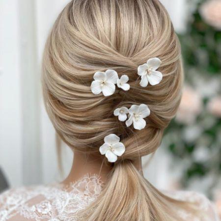 Paradise Ivory Ceramic Flower Hair Pins