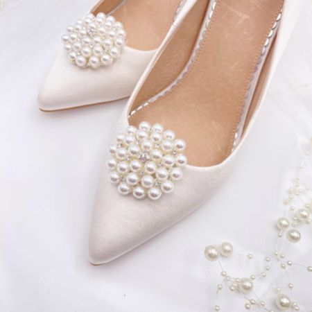 Perfect Bridal Guava Pearl Embellished Brooch Shoe Clips