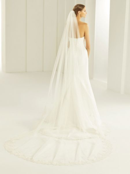 Bianco Single Tier Cut Edge Cathedral Veil with Guipure Lace Train S283
