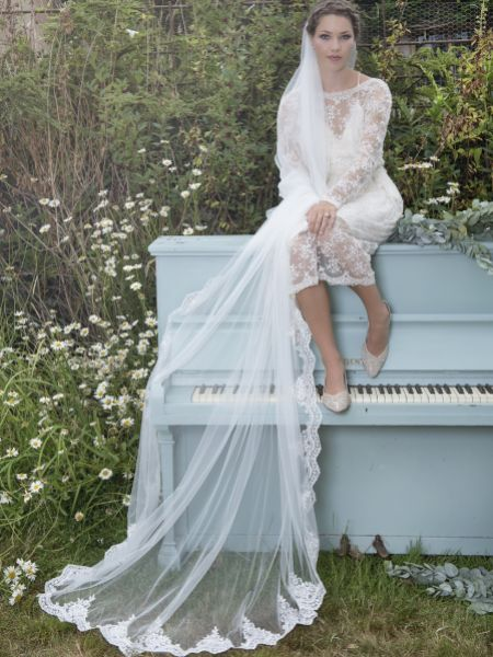 Joyce Jackson Nolana Single Tier Sequin Lace Edge Veil