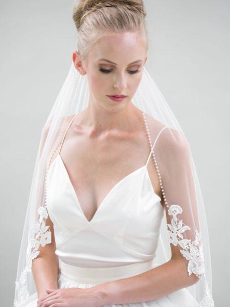 Joyce Jackson Novara Single Tier Pearl Edge Veil with Lace Motifs